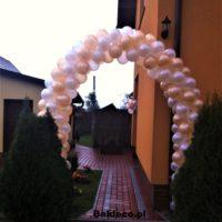 brama z balonów slub